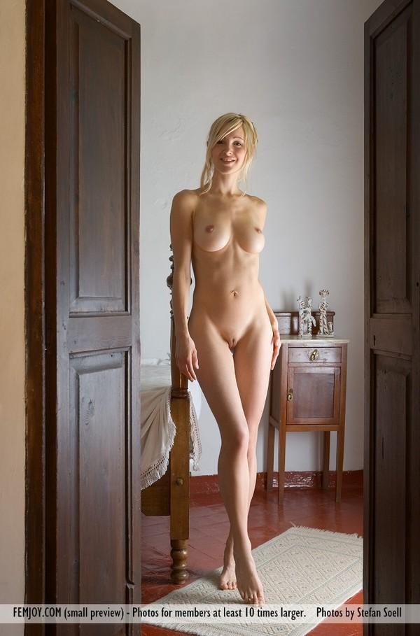 Фото голых женщин фемджой фото 758-636