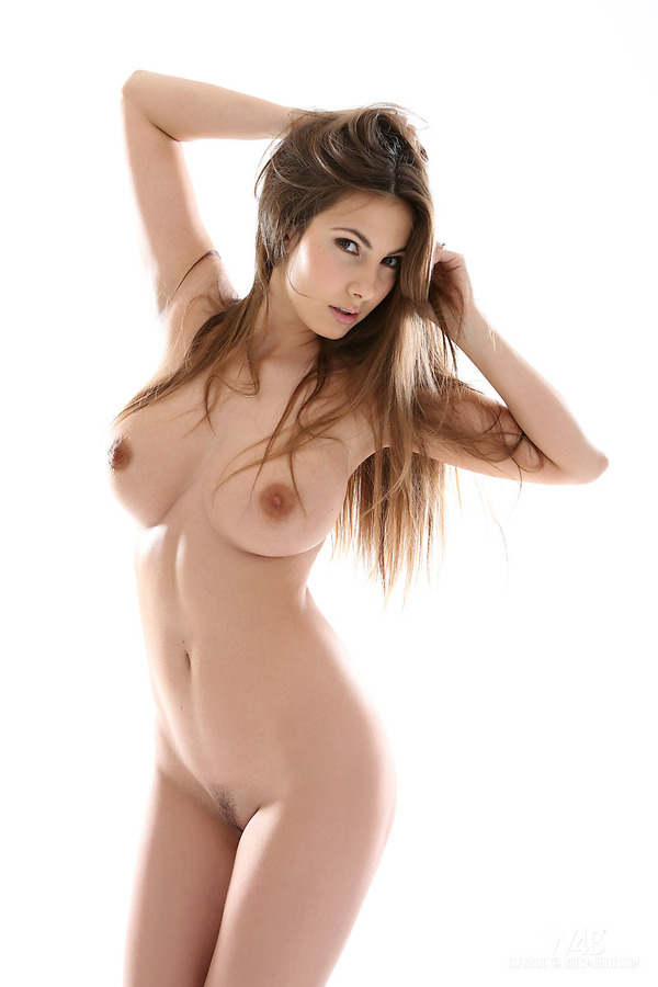 Most beautiful nude bodies